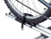 Thule kerékpártartó - Outride - Kerék rögzítése pánttal